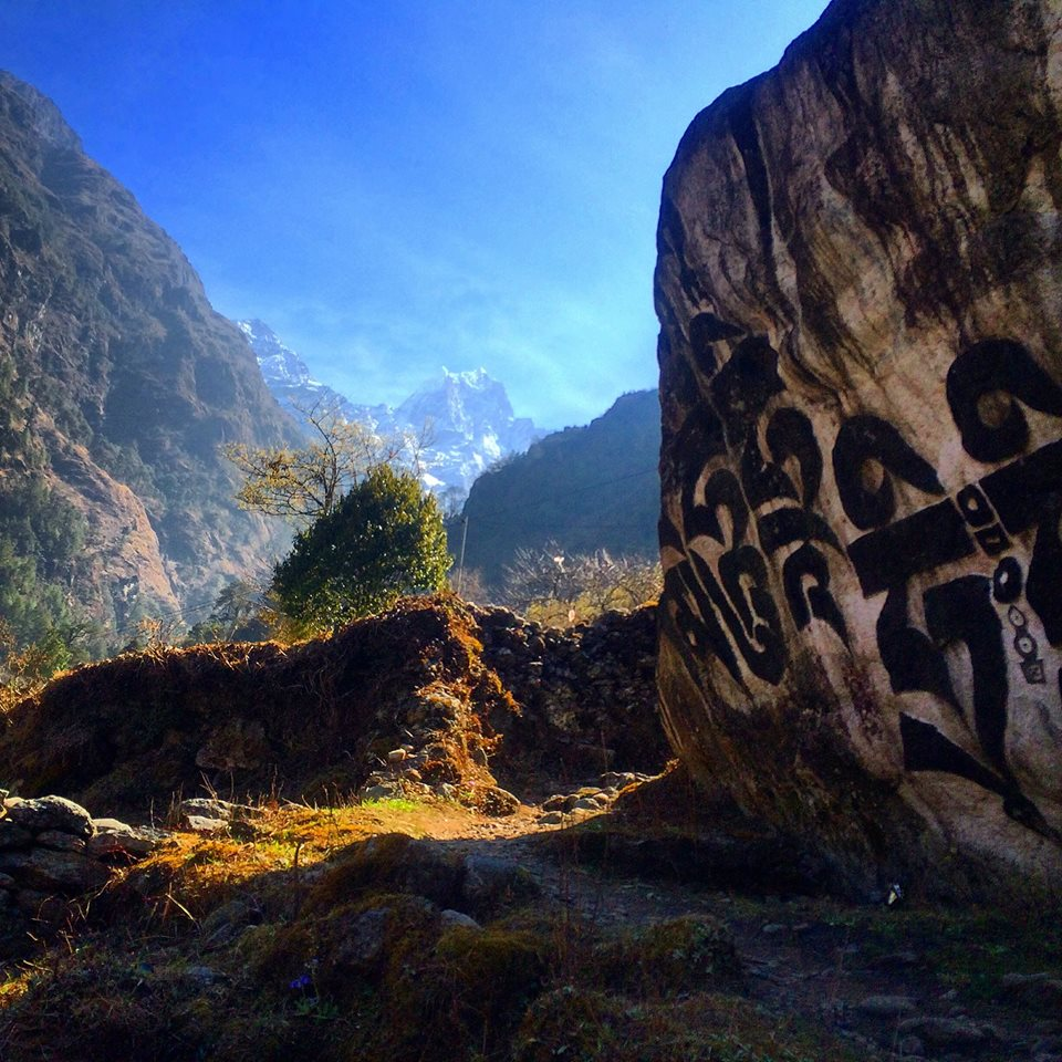 Nepal climbing mount everest base camp trekking hiking jeng yang awesome himalayas